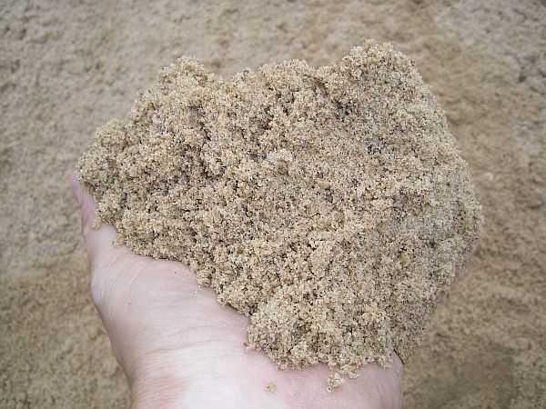 Один из компонентов бетона - песок