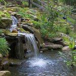 Даже небольшой водопад - это волшебное зрелище