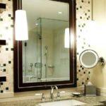 Освещение зеркала - один из основных моментов