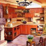 Уютная кухня в загородном доме - центр притяжения