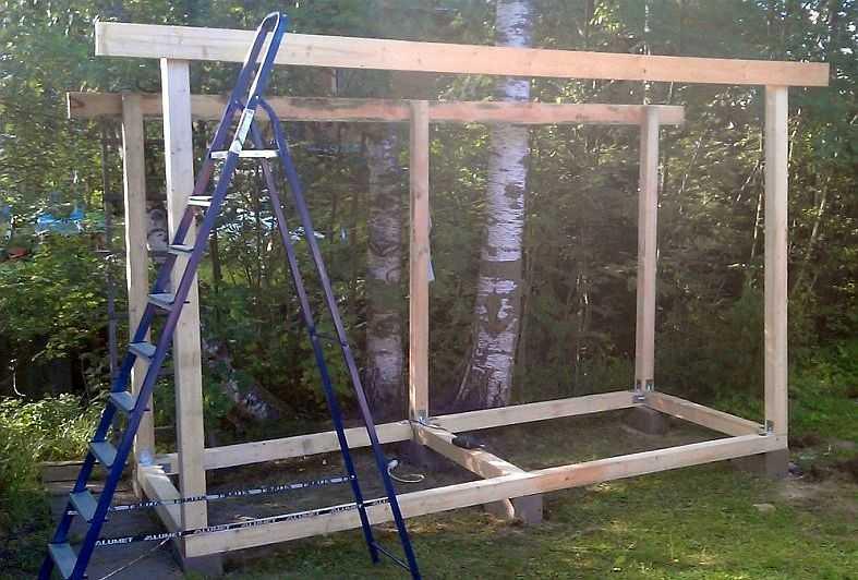 Как построить дровяник на даче своими руками 44