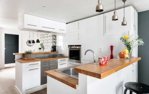 Как организовать кухню в длинном и узком помещении