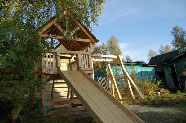Планировать элементы детской площадки лучше с участием детей