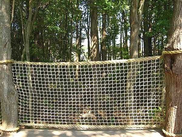 Веревочная ограда для детской площадки - прочно, недорого, надежно и безопасно