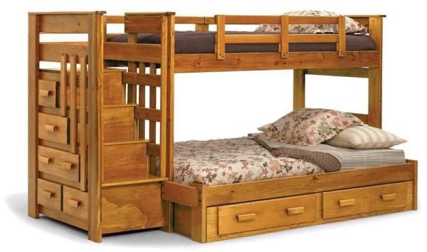 Двухуровневые кровати для детей можно сделать из дерева