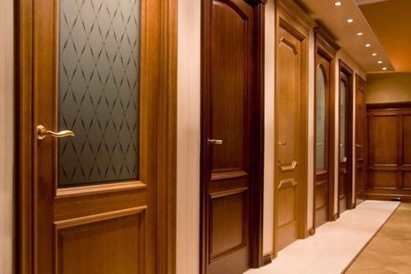 Выбор дверей огромен - чтобы не потеряться необходим определенный багаж знаний