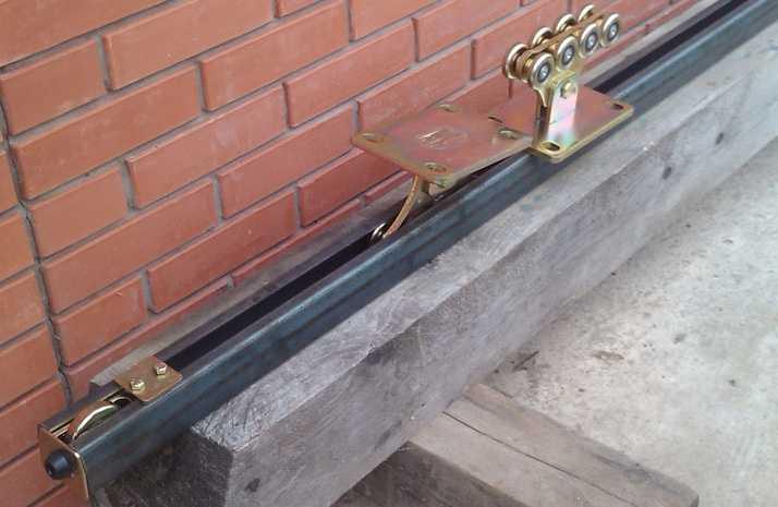 Как сделать балку для откатных ворот своими руками