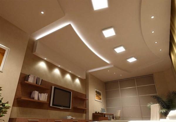 Сложная конфигурация с грамотной подсветкой = красивый потолок