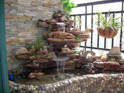 Еще вариант фонтана у стены
