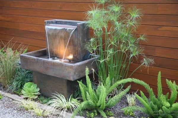 Красивый фонтан для дачи в стиле минимализма или модерн
