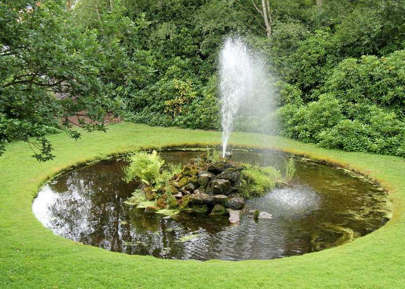 Как сделать фонтан в саду своими руками без насоса фото 669