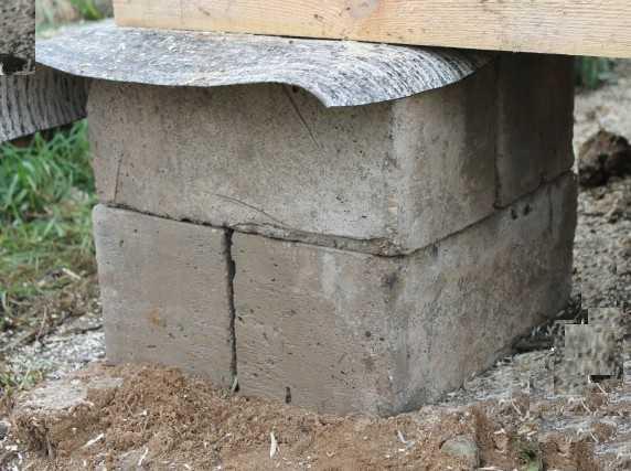 Пример столбика для фундамента под бытовку