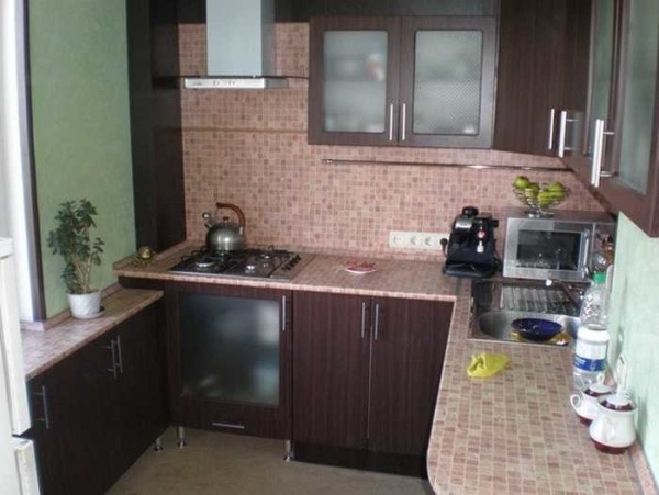 П-образная кухня на 9 метрах