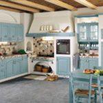 Еще вариант кухни прованс в голубом цвете