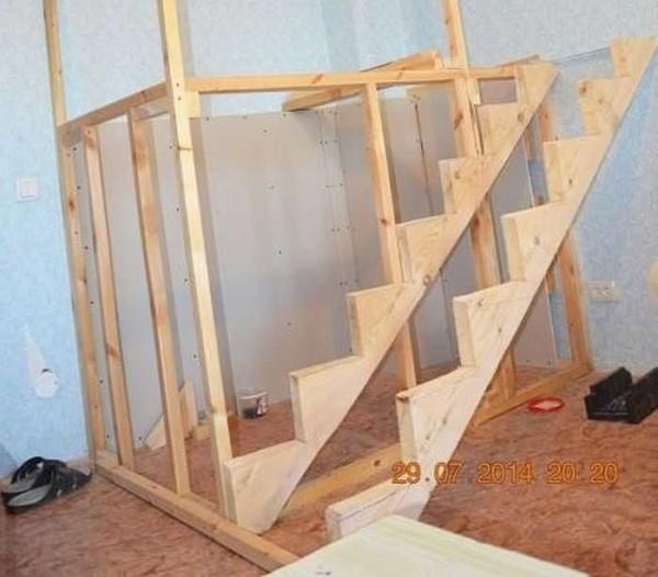 Косоуры для лестницы