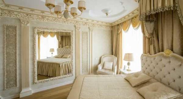 Кровати выделяется основное место