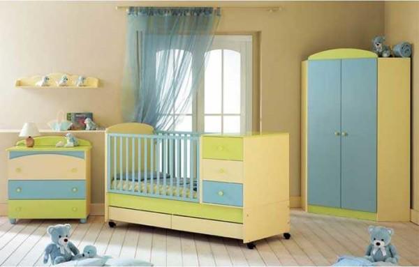 Отличная комбинация: кроватка с пристроенным комодом/пеленальным столиком