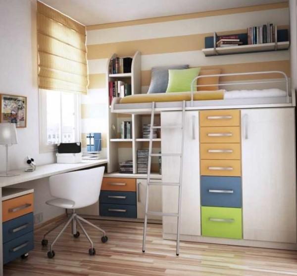 Целый комплекс мебели с кроватью чердаком