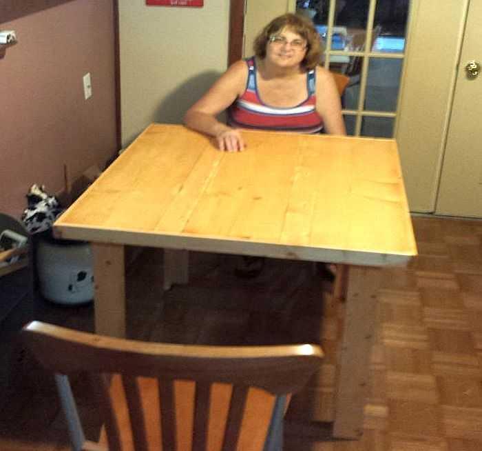 Стол из досок для дачи своими руками фото