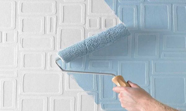 Водоэмульсионными красками можно красить специальные обои