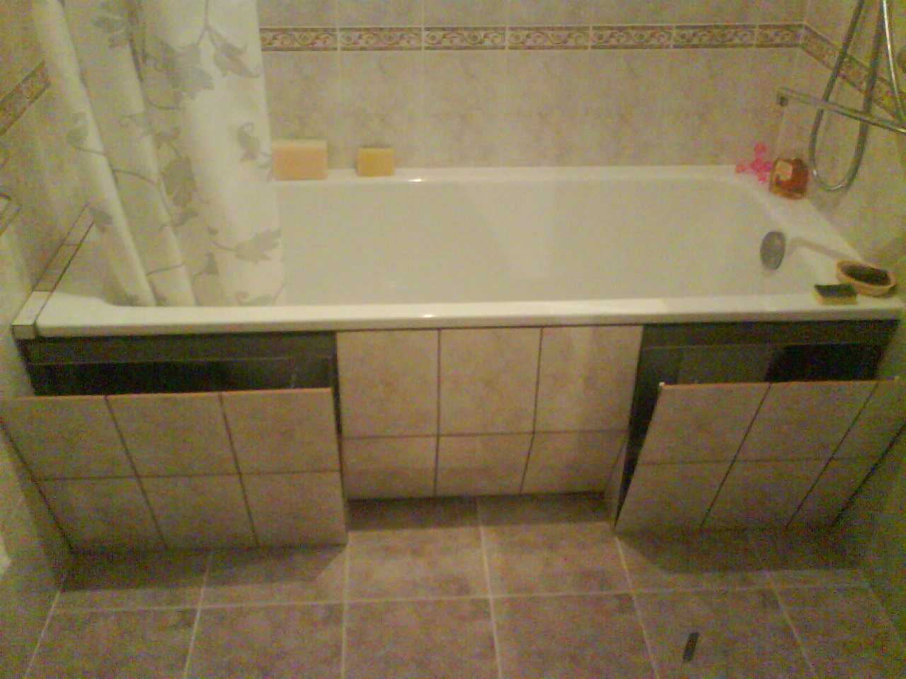 Как и чем закрыть пространство под ванной 99