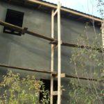 До уровня перекрытия второго этажа хватает стандартного погонажа - 6 метров