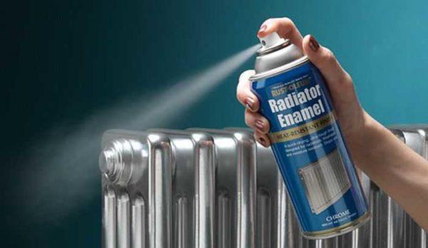 Красить радиаторы отопления эмалью в баллончиках тоже надо уметь
