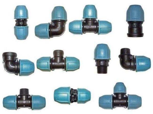 Примерный набор фитингов для водопроводных полиэтиленовых труб