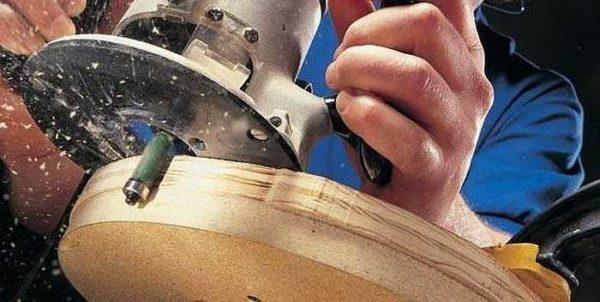 Подшипник катиться по обработанной части, режущая часть ровняет остальное