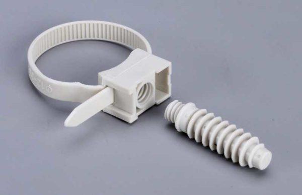 КСП - кабельная стяжка с монтажной площадкой под дюбель
