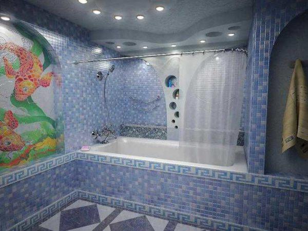 Освещение ванной комнаты при помощи встраиваемых в потолок точечных светильников