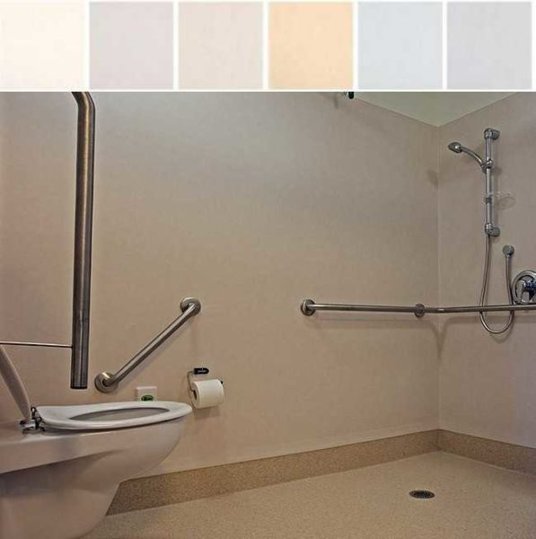 Пример использования линолеума для отделки стен ванной