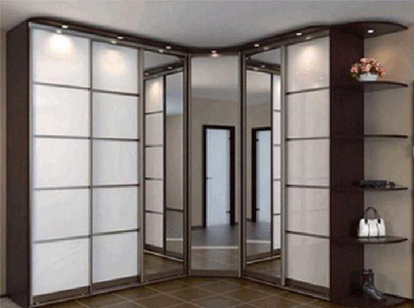 Один из вариантов Г-образных шкафов