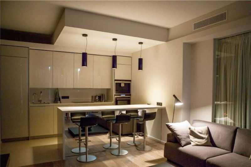 Какой потолок сделать на кухне: варианты, их достоинства, недостатки