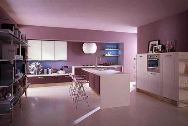 Чтобы покрашенный потолок на кухне выглядел так, нужна тщательная подготовка поверхности