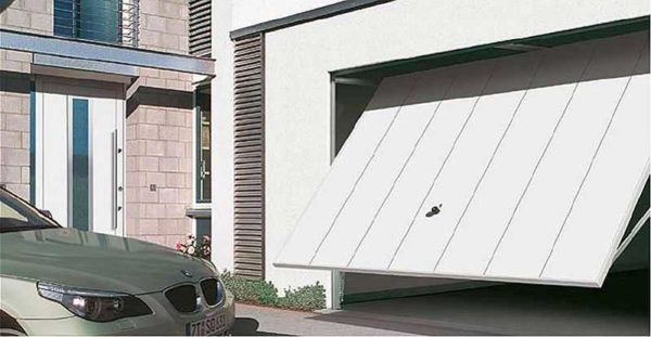 Автоматические гаражные ворота удобны, а повысить их надежность можно установив резервный источник питания