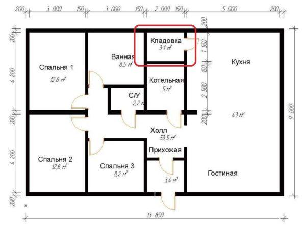 Площадь 130 кв. м, есть кладовка со входом из кухни