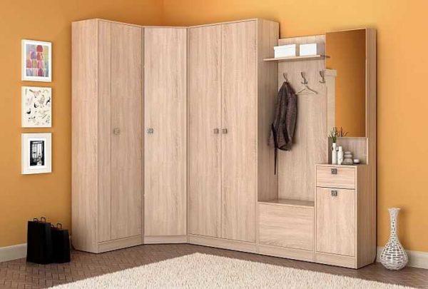 Большое количество шкафов может быть полезно в малогабаритной квартире