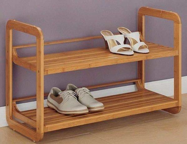 Обувница в прихожую из дерева: даже простая модель выигрывает за счет красоты древесины