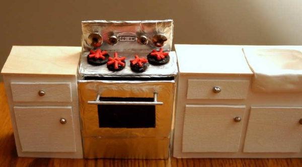 Игрушечные кухонные столы своими руками из фанеры