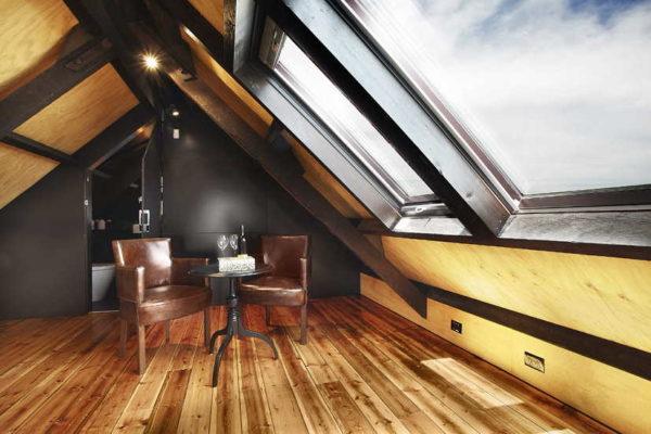 Современный дизайн мансардного этажа
