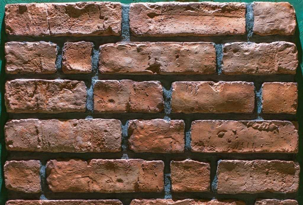 Имитация кирпичной стены из картона своими руками 49