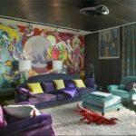 Поп-арт и фиолетовый нескольких оттенков как дополнительные цвета (в сочетании с желтым и бирюзовым)