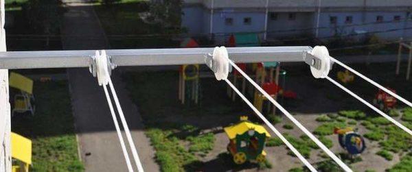 Наружная сушилка для белья на балкон или лоджию