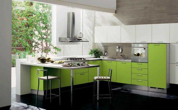Кухня в зеленых тонах: далеко не все должно быть в этой гамме