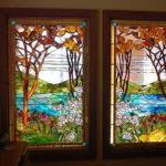 Для двух створок используют орнамент в зеркальном отражении