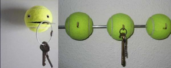 Теннисные мячи тоже очень неплохо работают как держатели для ключей