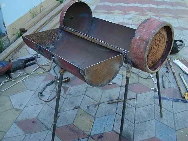 Как сделать ножки к мангалу из трубы и арматуры