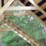 Была выбрана двускатная крыша с поднятой затяжкой