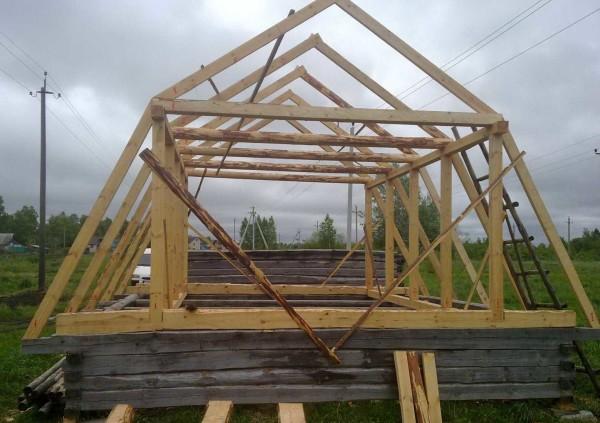 Устройство ломанной мансардной крыши для небольшого дома